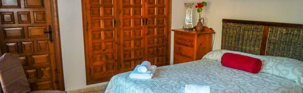 villa-almoradi-double-bedroom-stunning-views